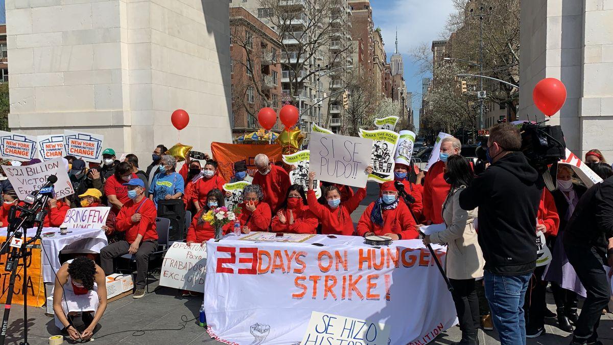 Terminan huelga de hambre tras aprobación de fondos en presupuesto de NY para trabajadores excluido