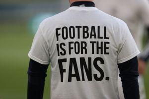 El fútbol es de los fanáticos: así protestó el Leeds por la creación de la Superliga Europea