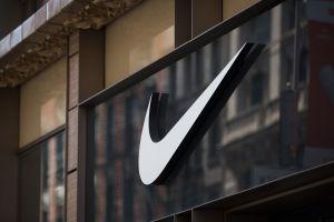 Nike venderá sus zapatos usados o con defecto a precio económico