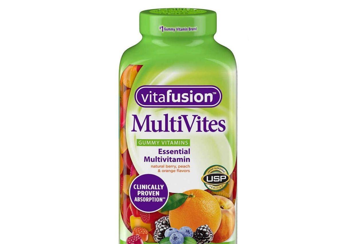 Retiran del mercado gomitas Vitafusion porque podrían contener metal