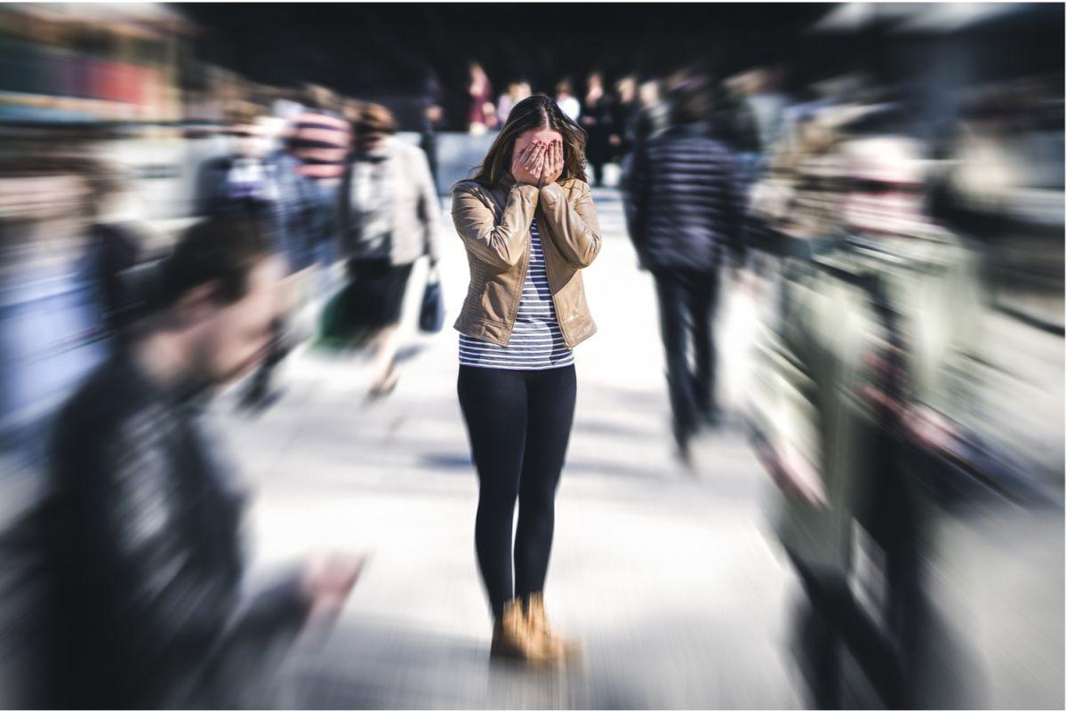Cómo identificar los síntomas de un ataque de pánico y sus complicaciones