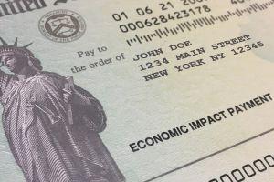 IRS anuncia envío de 2.2 millones de pagos por tercer cheque de estímulo