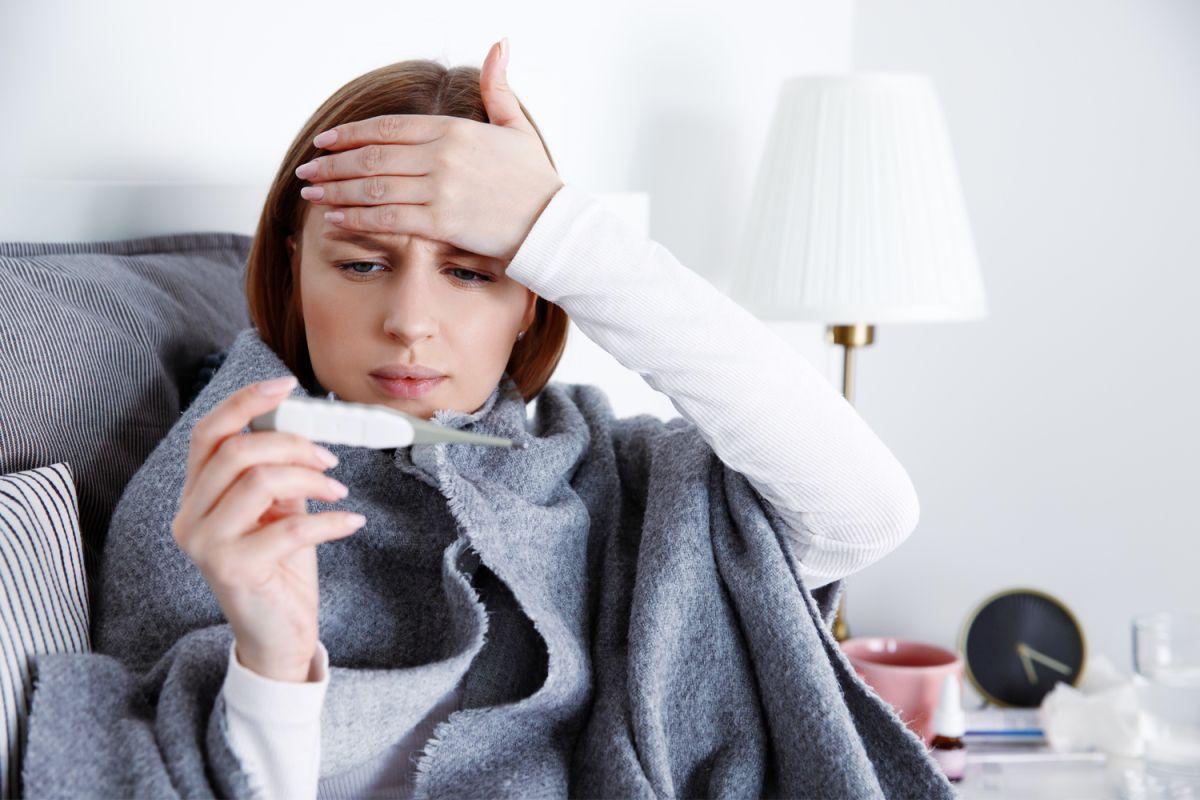 ¿En qué orden suelen aparecer los síntomas del COVID?