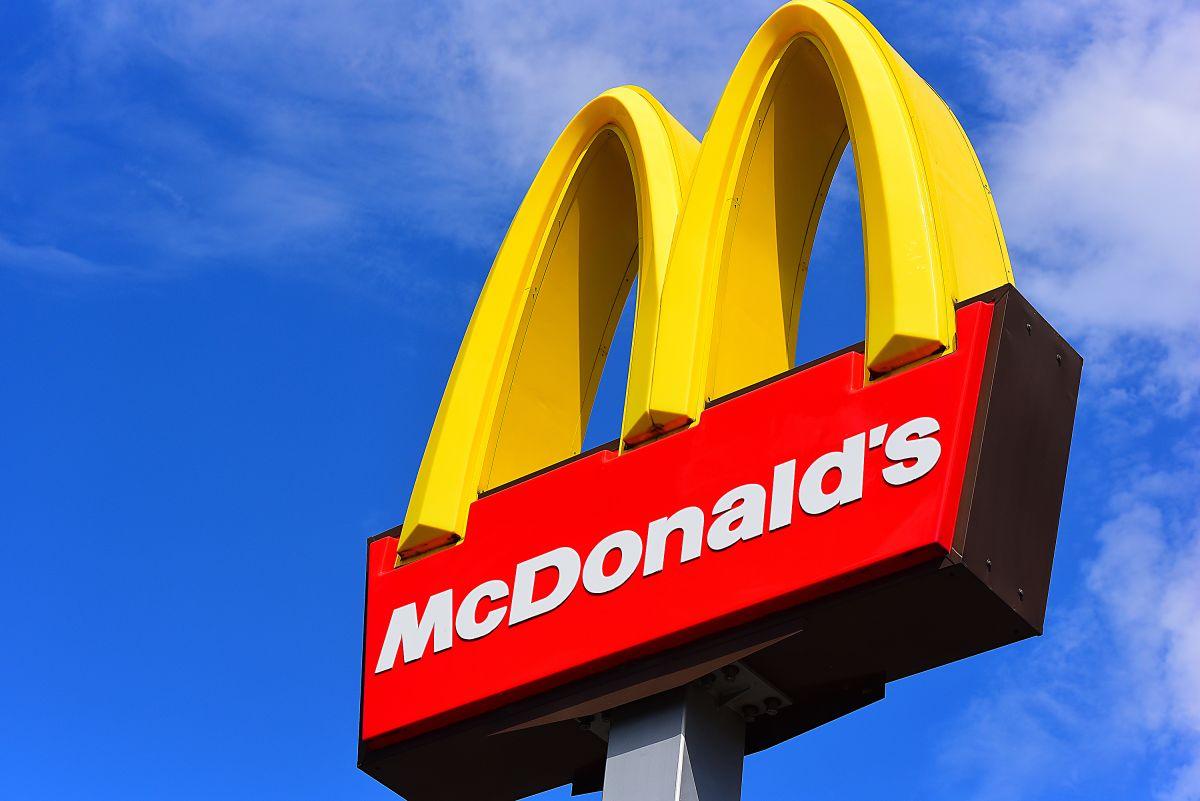 En este McDonald's piden disculpas a sus clientes porque nadie quiere trabajar