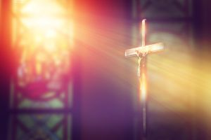 """Imagen de Jesucristo mueve la cabeza durante misa; esta es la explicación al """"milagro"""""""