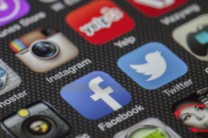 Republicanos de Florida quieren multar a empresas de redes sociales con $250,000 al día por suspender cuentas de políticos