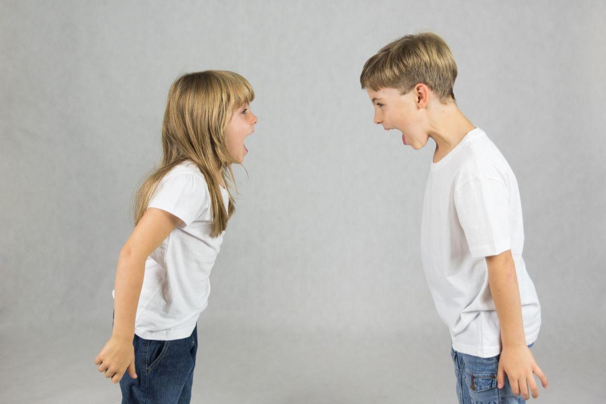 Cómo evitar que mi hijo se comporte agresivamente: 6 pautas para moldear su comportamiento