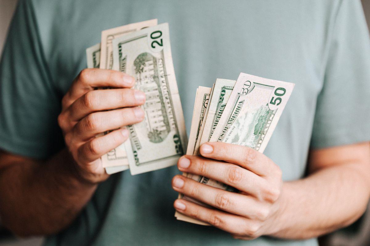 Hasta el momento, el gobierno del presidente Biden no se ha pronunciado a favor o en contra a la solicitud de legisladores de que se dé un cuarto cheque de estímulo.