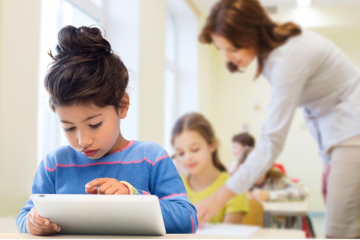 Cómo enseñar a mi hijo a leer a través del método Glifing