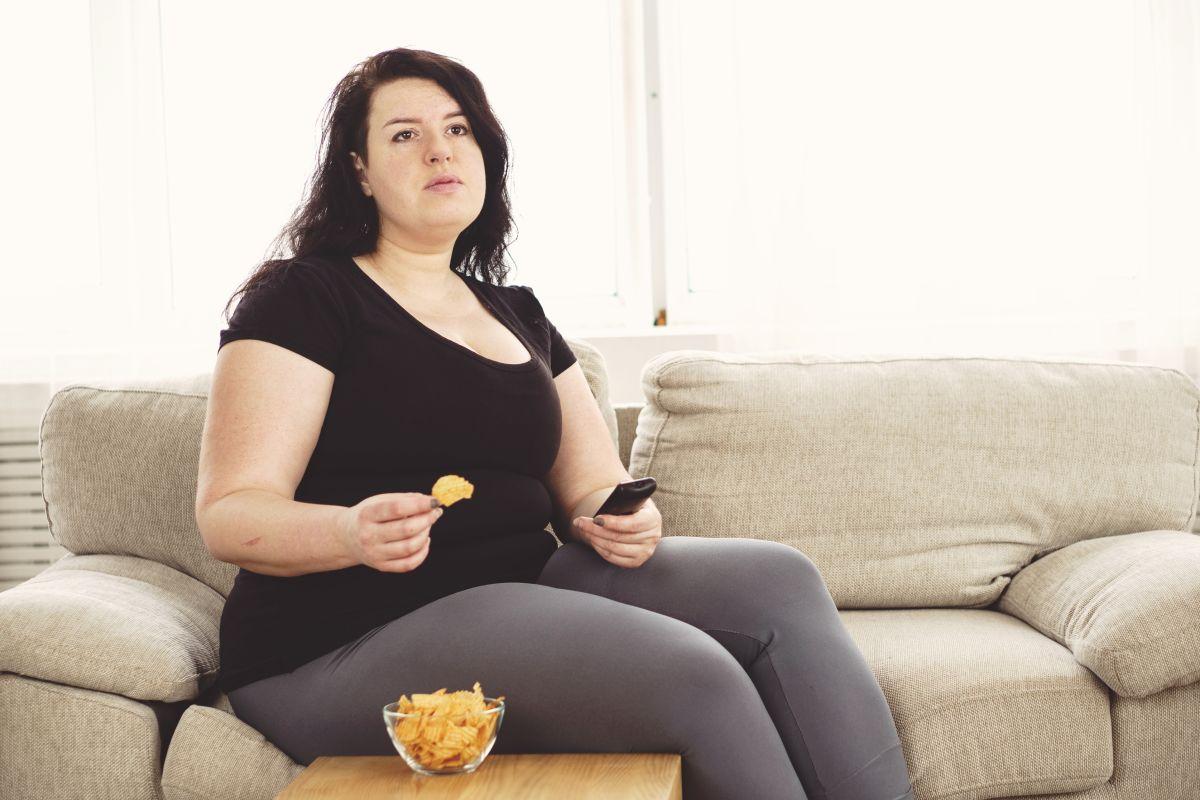 Llevar una vida sedentaria causa los mismos problemas de salud que el fumar