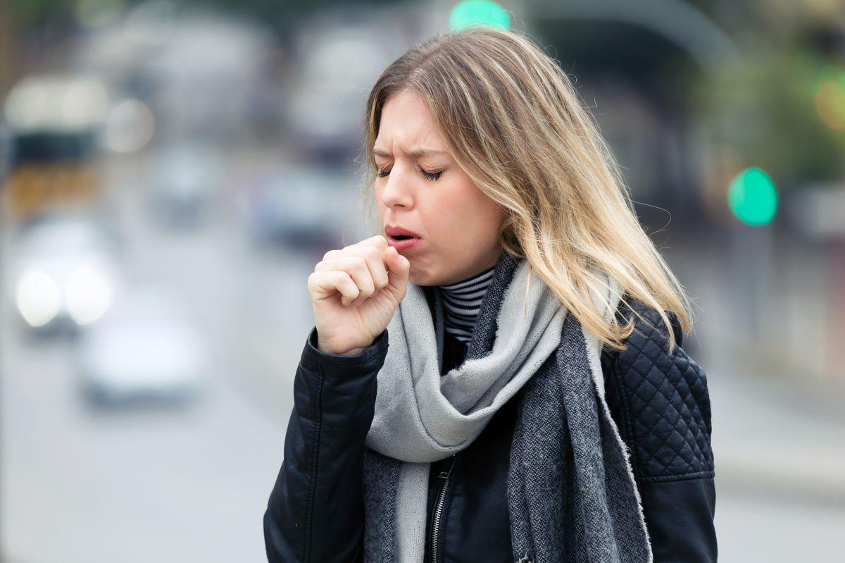 Cómo saber si tengo COVID-19 o una alergia estacional