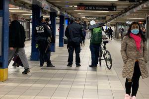 Pasajeros del Subway de NYC y autoridades de transporte piden mejorar la seguridad en los trenes