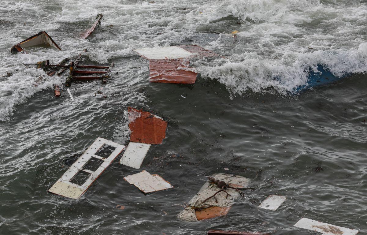 Patrulla Fronteriza cree que el barco que se volcó en San Diego se usaba para traer inmigrantes a EE.UU.