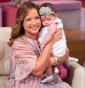 """""""Esa terapia de fertilidad no me funcionó"""", Adamari López se sincera sobre el milagro de quedar embarazada"""