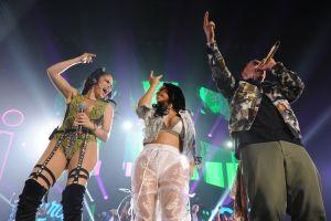 """Natti Natasha y Becky G buscan repetir el éxito de """"Sin Pijama"""""""