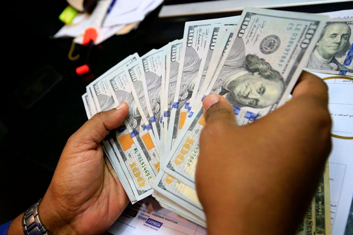 Por lo menos 7 millones de personas podrían recibir del IRS una devolución de impuestos por beneficios de desempleo