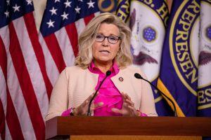 Trump, Mitch McConnell y el pleitazo entre republicanos por Liz Cheney