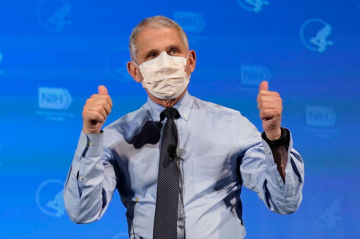 El Dr. Anthony Fauci recuerda que solamente personas vacunadas por completo pueden dejar de usar mascarilla.