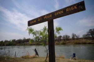 Madre de soldado hispano hallado muerto en Río Grande de Nuevo México duda que se haya suicidado