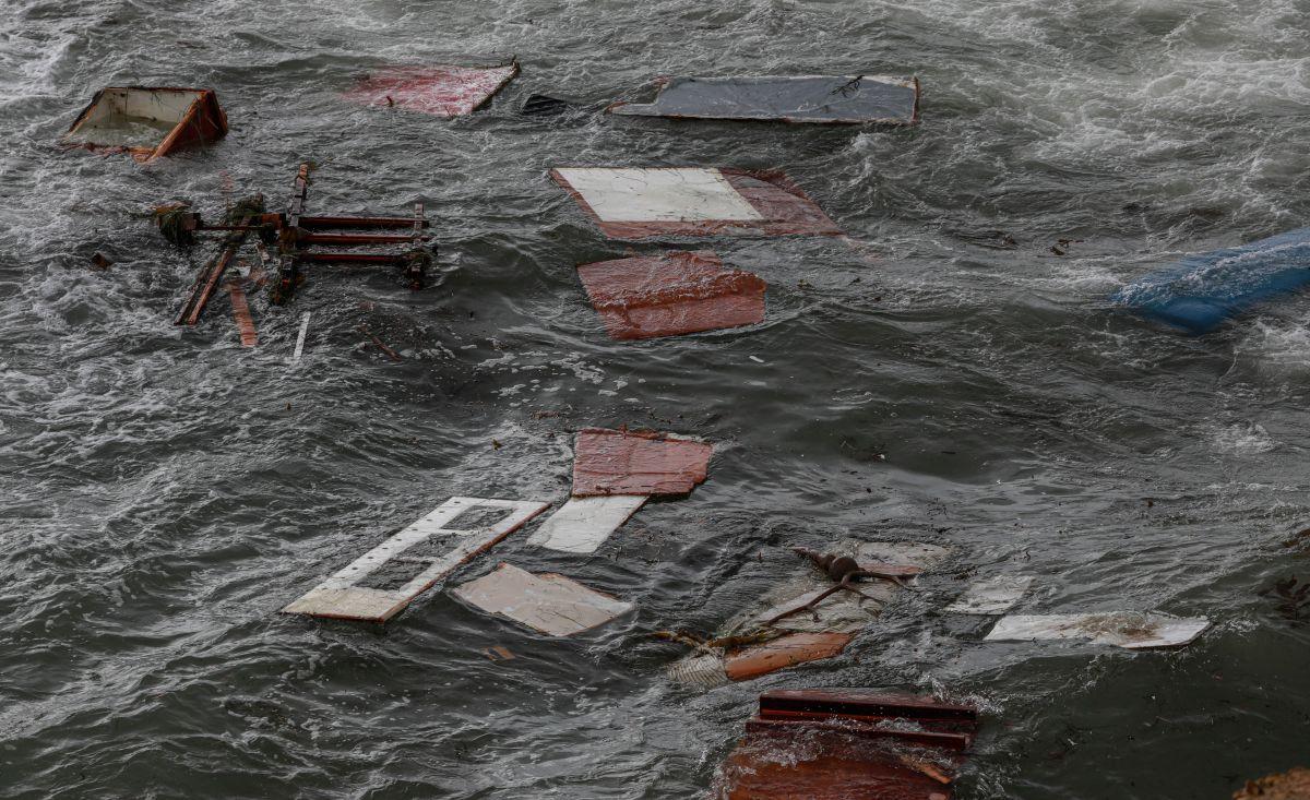 Tragedia en el mar: mueren tres en naufragio de bote con inmigrantes