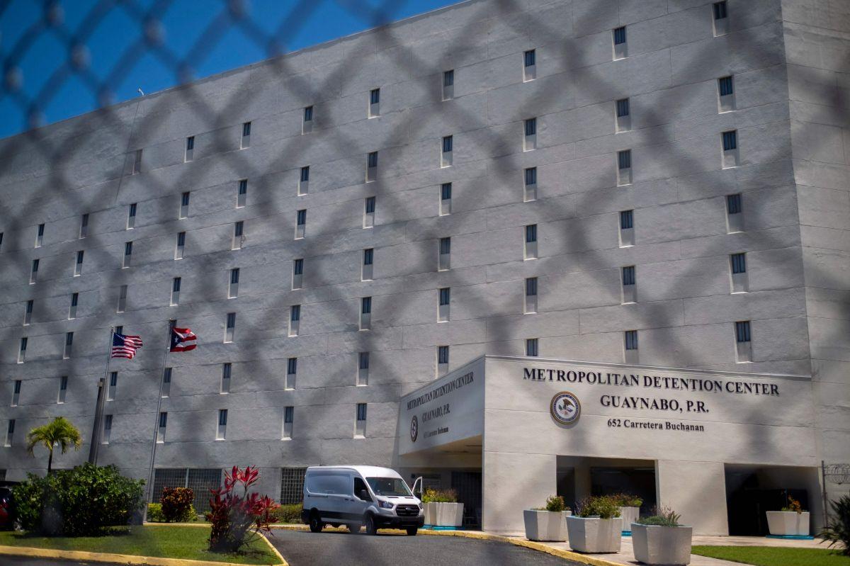 El acusado permanece detenido en la cárcel federal en Guaynabo, Puerto Rico.