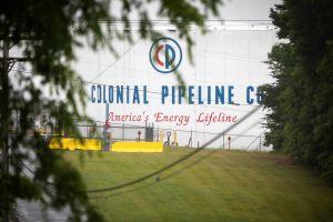 La empresa Colonial Pipeline pagó $5 millones a 'hackers' para desbloquear sistema de distribución de combustible