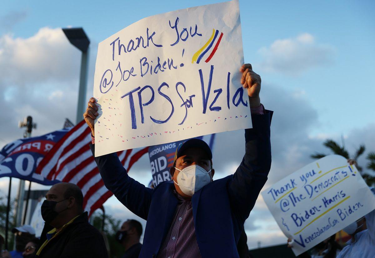 El TPS para venezolanos es por 18 meses.