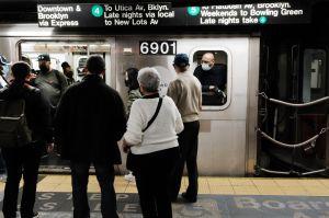 Nueva York extiende el programa de vacunación Covid-19 en el Metro