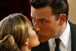 Por fin, el beso entre Jennifer Lopez y Ben Affleck en Malibú, California