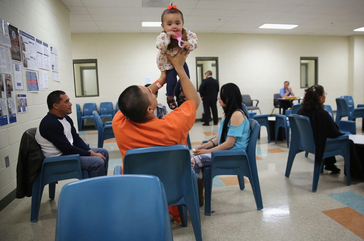 Los inmigrantes indocumentados enfrentan castigo por tres o diez años para volver a EE.UU.