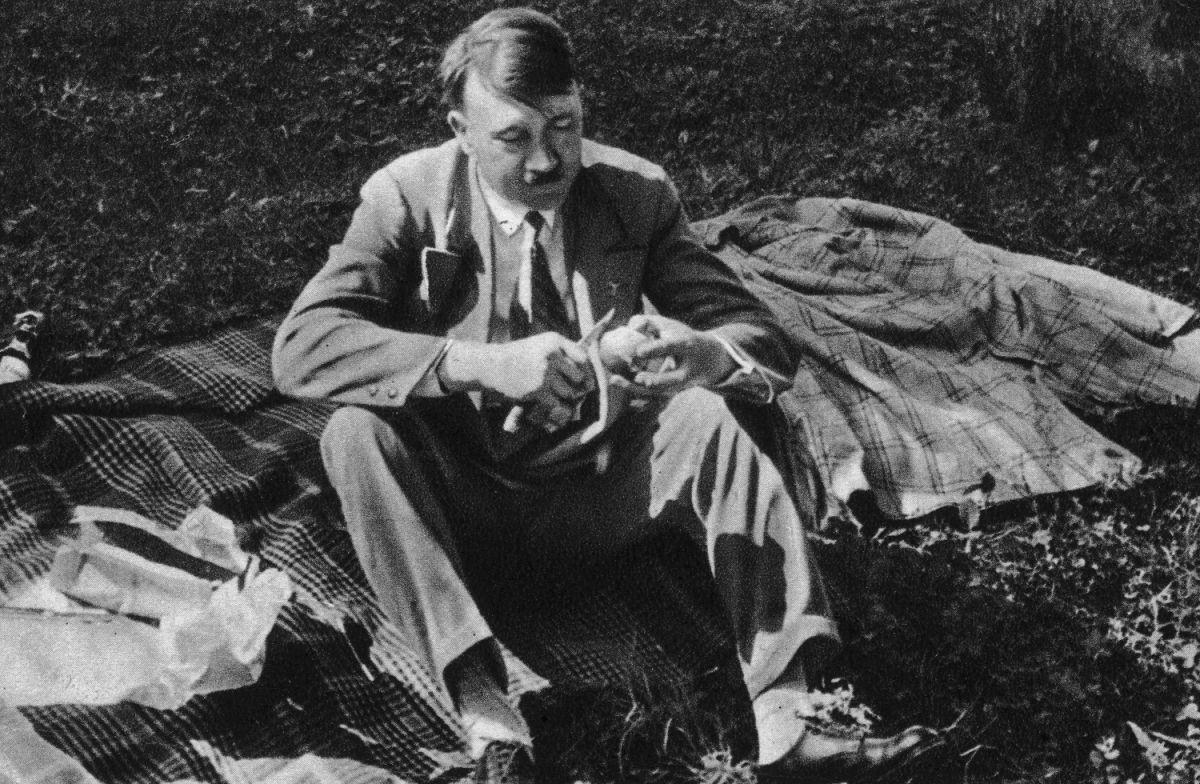 El tesoro de Hitler: Planean desenterrar 48 cajas de oro valoradas en 700 millones de dólares escondidas en un antiguo burdel nazi