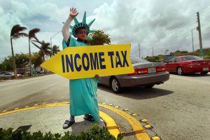 Qué condiciones permitirían que te extendieras más allá del 17 de mayo para hacer tu declaración de impuestos