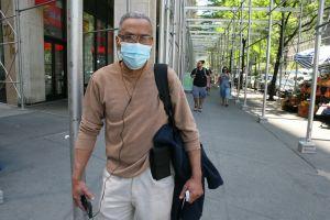 """""""¿Cómo vamos a saber quién está vacunado y quién no?"""": confusión en Nueva York por nuevas reglas de máscaras"""