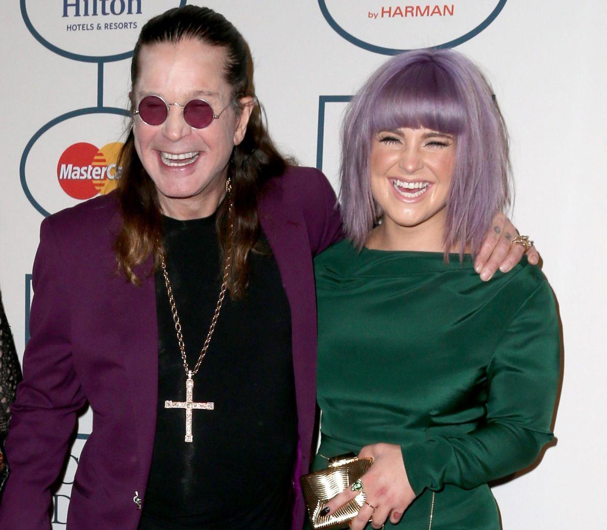 """Kelly Osbourne ofrece detalles de su adicción: """"…Estaba cubierta con comida y borracha, hecha un asco…"""""""