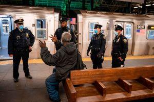 Comisionado del NYPD responde a pedido de más uniformados en el Subway de la ciudad de Nueva York
