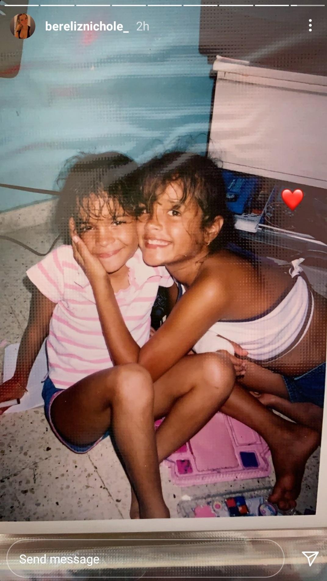 Keishla Rodriguez y su hermana Bereliz Nichole en Puerto Rico
