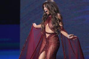 Vogue expone a Thalía ante sus looks del pasado y en algunos ha gritado de espanto