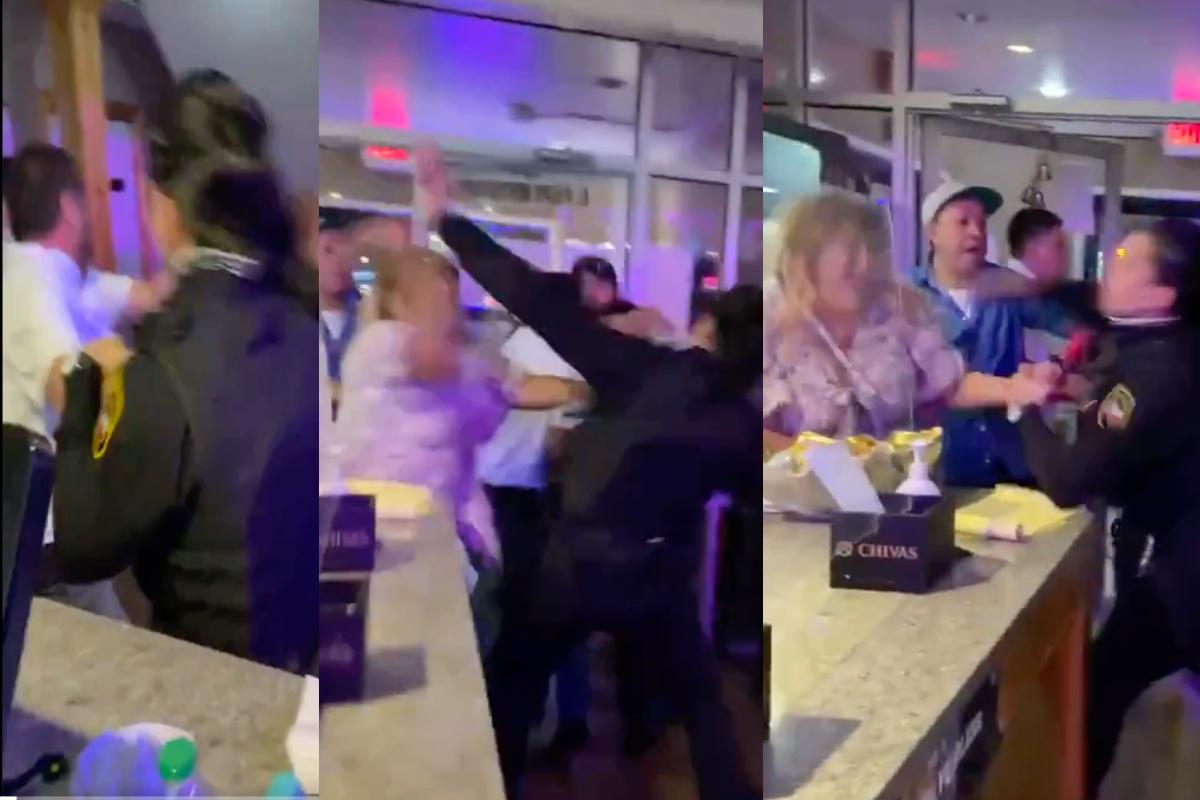 VIDEO: Pelea en restaurante de comida mexicana; Mujer policía propina golpiza a sujeto y noquea a señora