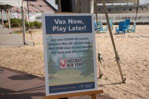 Quienes no se han vacunado no piensan hacerlo: encuesta pone cuesta arriba meta de 70% inmunizados COVID en EE.UU.