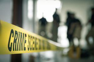 Adolescente de 15 años es asesinada por su novio; la escondió en su cuarto y la enterró en su jardín