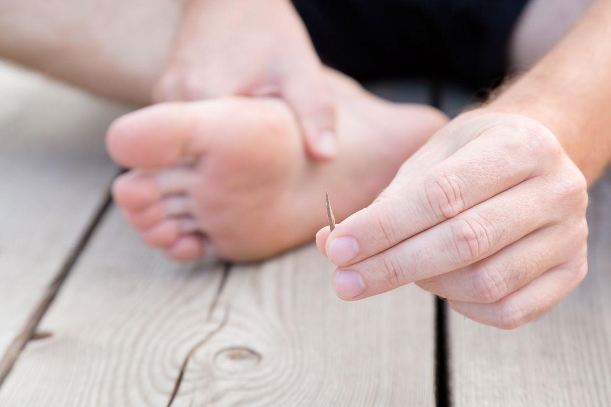 Acude al doctor por molestia en el pie y lo que encontró en él dejó sorprendidos a todos