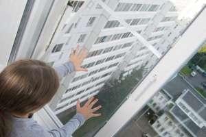 La heróica acción de un hombre que salvó a una bebé de caer desde un sexto piso
