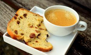 Haz pan en casa con solo 2 ingredientes y en 30 minutos