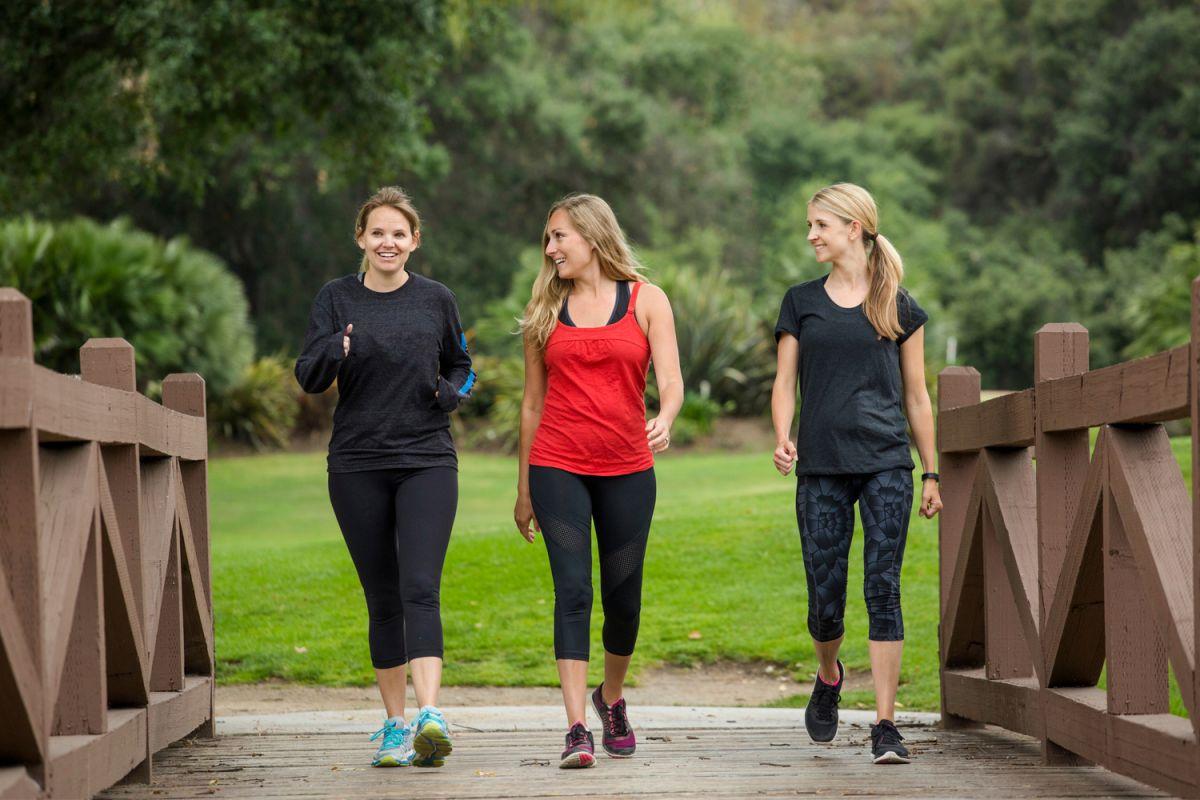 7 claves para potenciar tus caminatas diarias y te ayuden a bajar de peso