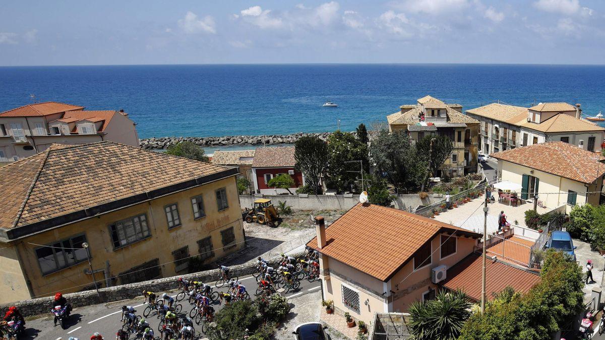 Puedes ganar una casa en una ciudad italiana en la playa por solo $35 dólares