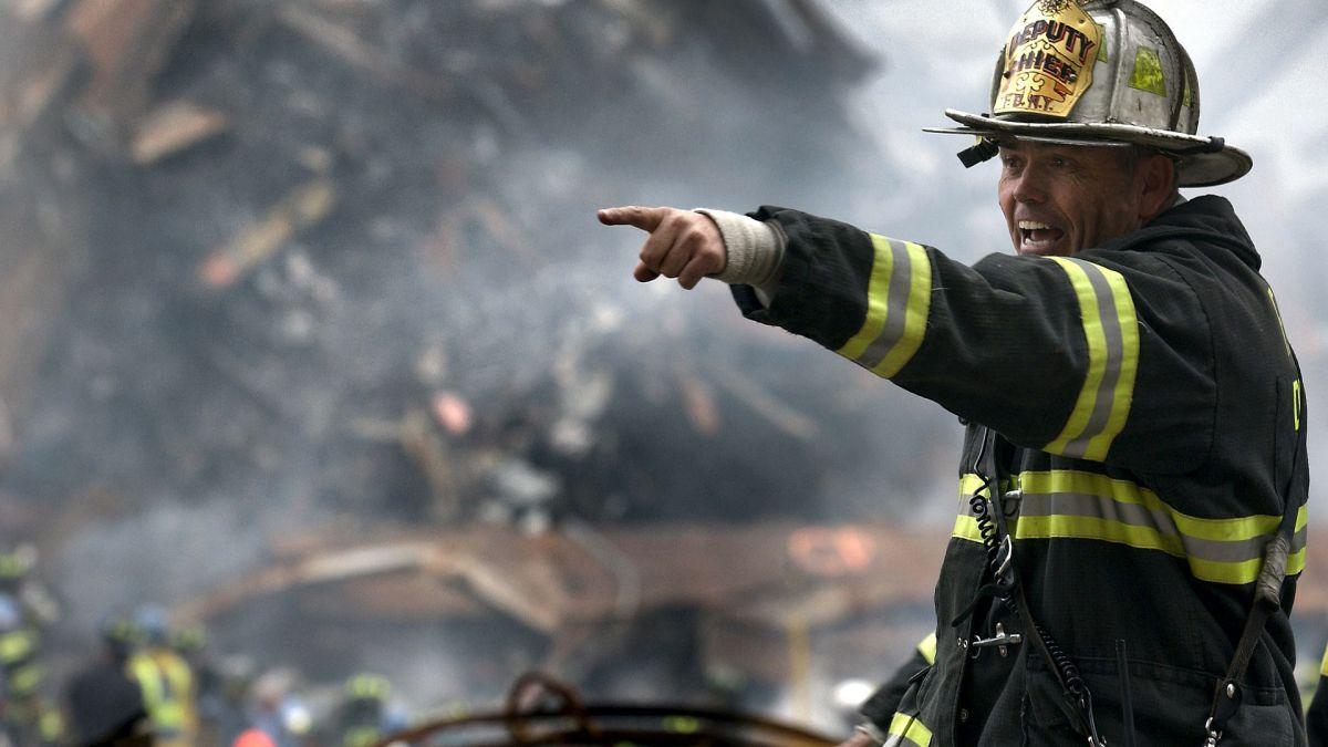El IRS da consejos a las personas para cuidar sus documentos durante la temporada de desastres naturales