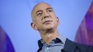 Las 5 cosas más extravagantes que ha comprado Jeff Bezos, el hombre más rico del mundo