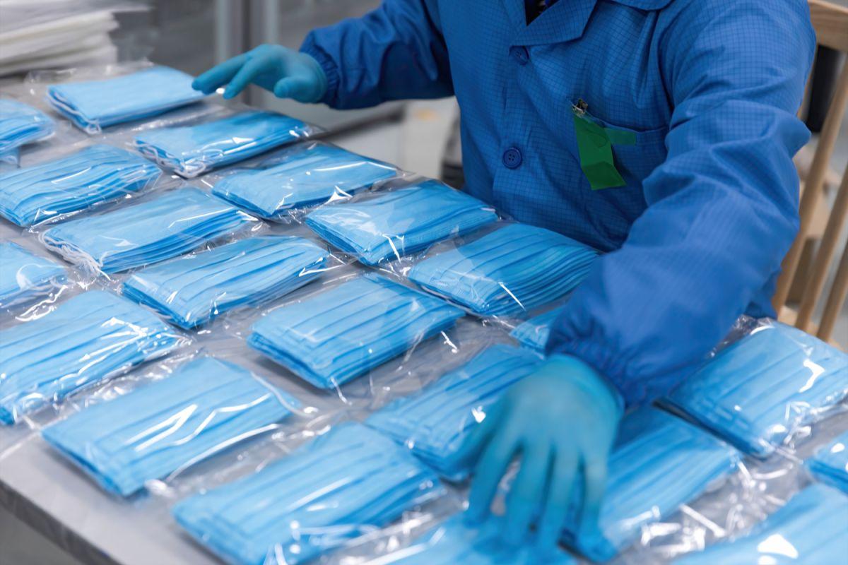 La principal protección contra el contagio, ha sido desde el principio el uso de mascarillas.