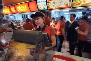 Sucursal de McDonald's ofrece iPhones gratis a personas que quieran trabajar ahí