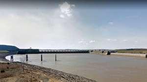 Hallan muertos a dos contratistas atrapados en explosión de presa en Oklahoma